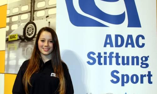 Carrie Schreiner 2015 in ADAC Stiftung Sport und ADAC Formel 4