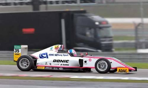 Schwieriges Wochenende für Carrie auf dem Nürburgring