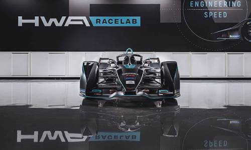 Carrie Schreiner gibt Debüt im Formel-E-Rennwagen